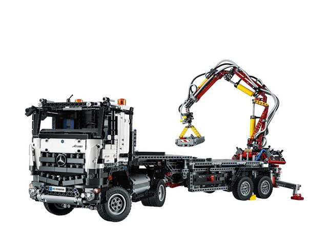 Mercedes Benz Arocs 324542043